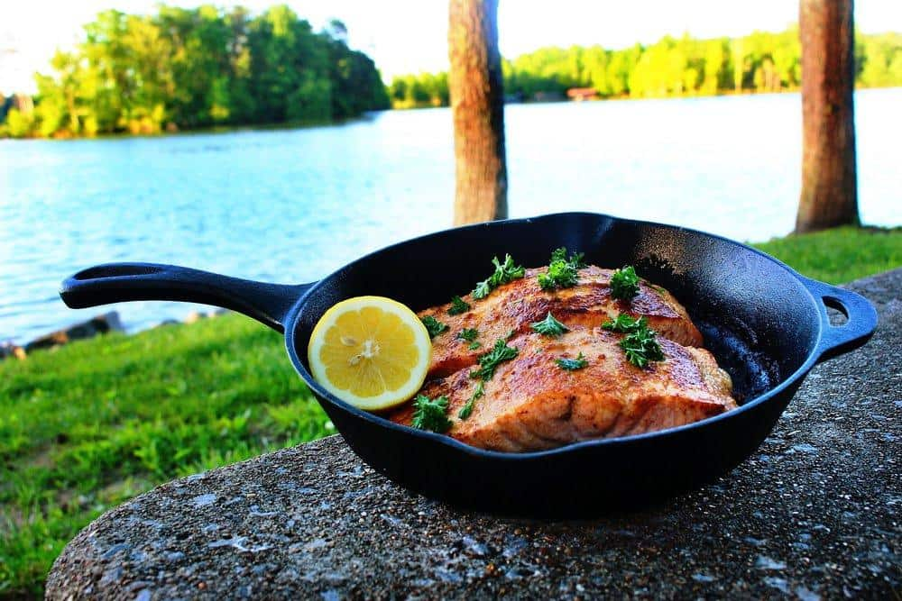 Cast Iron Lemon Garlic Salmon