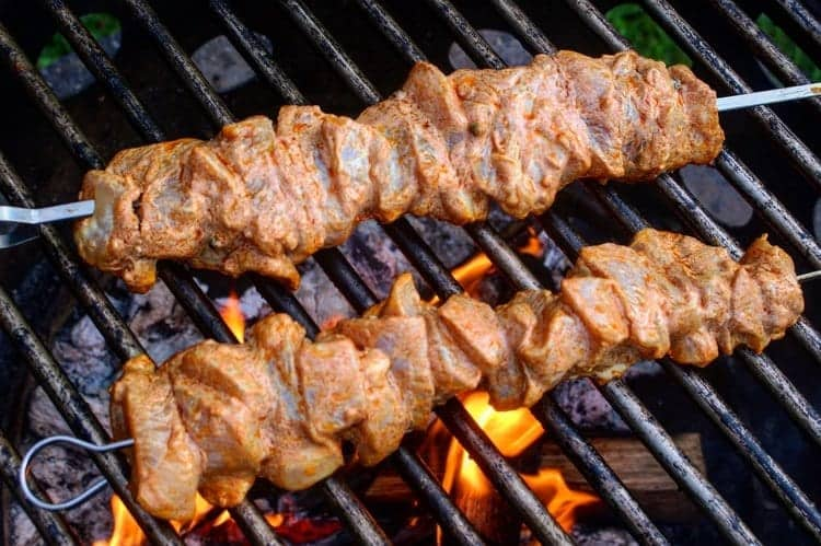 fire roasted chicken kebabs