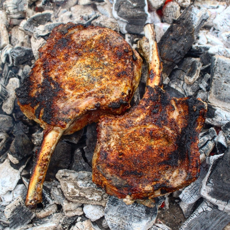 tomahawk pork chops